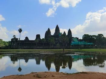 カンボジアの車事情その1.jpg