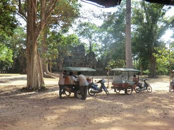 カンボジアの車事情その3.jpg
