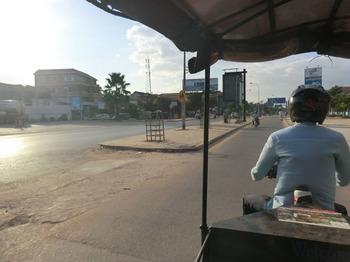 カンボジアの車事情その4.jpg